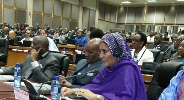 أسويلمة بيروك تستعرض في جلسة للبرلمان الإفريقي معاناة اللاجئين الصحراويين وانتهاكات القانون الدولي الإنساني