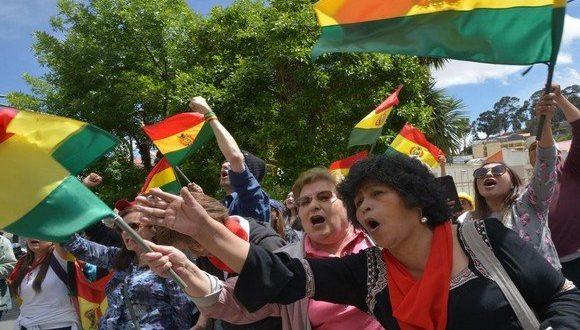 بوليفيا: الرئيس يستقيل من منصبه لتهدئة البلاد التي دخلت في أزمة سياسية واجتماعية