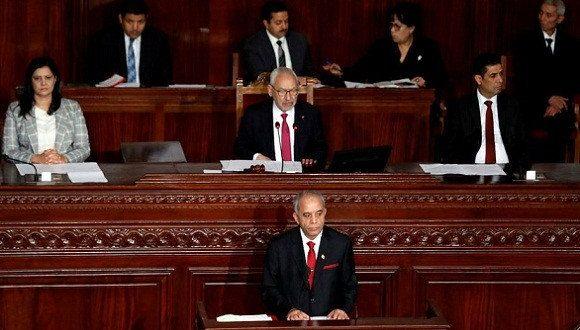 """البرلمان التونسي يرفض منح الثقة لحكومة """"الحبيب الجملي"""""""