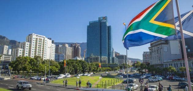 جنوب إفريقيا: اللجنة التنفيذية لكرة القدم تقرر الانسحاب من البطولة المقامة في مدينة العيون المحتلة