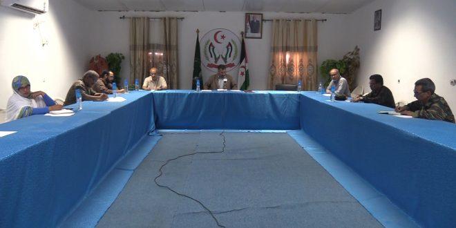 اللجنة الوطنية للوقاية من فيروس كورونا تدعو إلى التقيد بالإجراءات الصحية