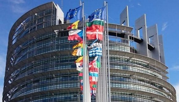 المساعدات الموجهة لللاجئين الصحراويين: الاتحاد الأوروبي يكذب مجددا إدعاءات المغرب
