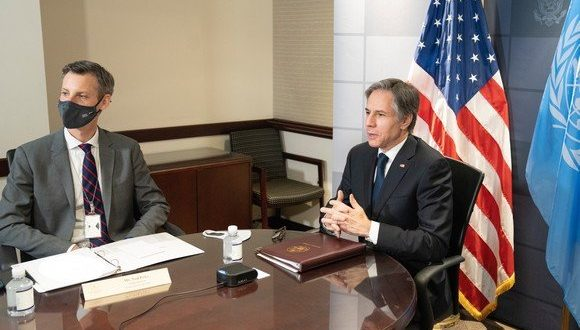 وزير الخارجية الأمريكي يدعو غوتيريس الى الاسراع في تعيين مبعوث شخصي له الى الصحراء الغربية