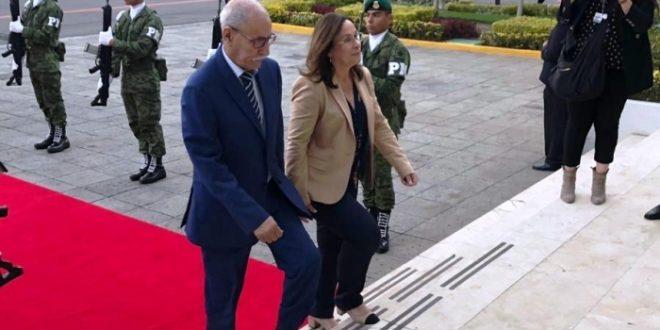 رئيس الجمهورية يصل المكسيك في زيارة عمل تدوم أيام