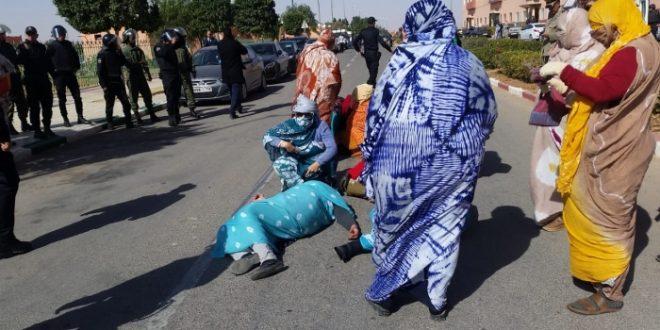 قوات القمع المغربية تتدخل بعنف ضد محتجين صحراويين بمدينة أكليميم
