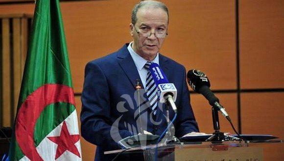 كوفيد_19: عدد حالات الاصابات المؤكدة يبلغ 1171, و 105 وفاة في الجزائر