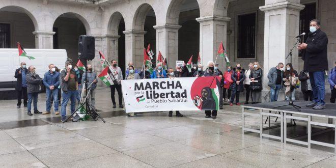 تقديم المسيرة الكبرى من أجل حرية الشعب الصحراوي بكانطابريا